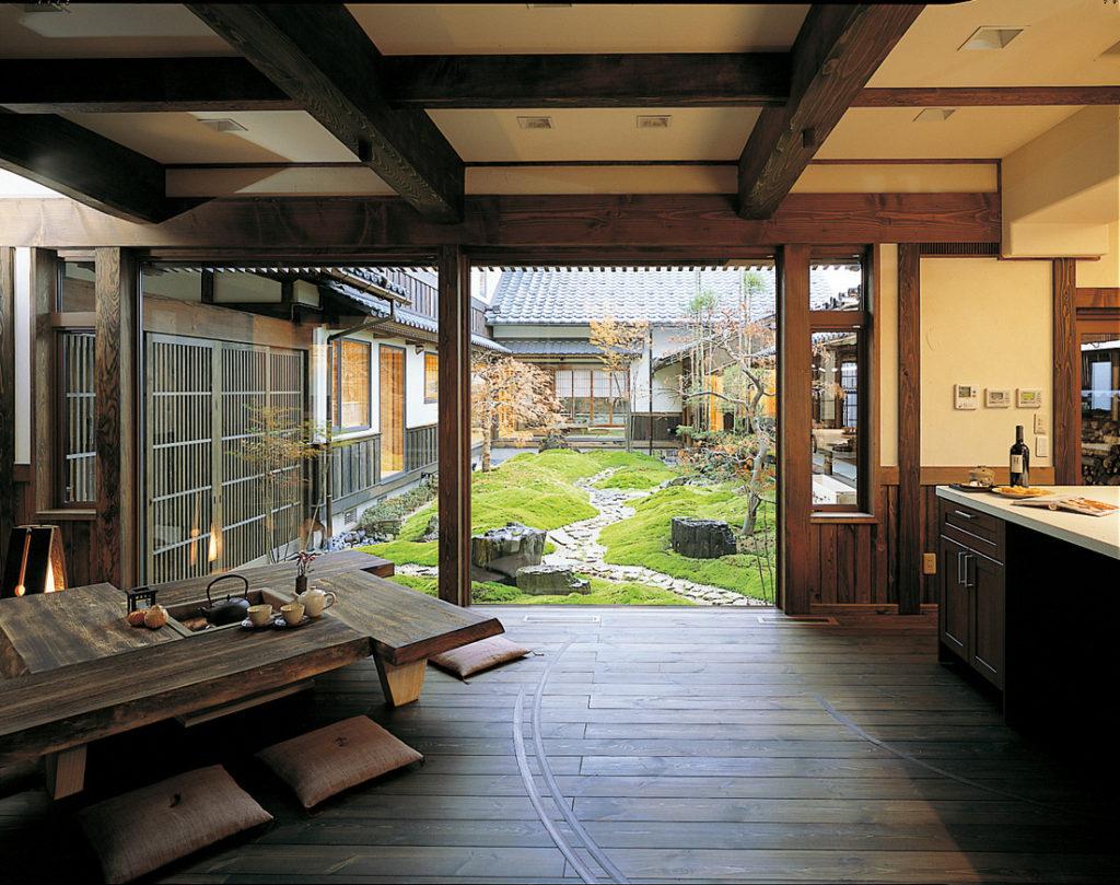 自然素材をふんだんに使った木造建築の価値